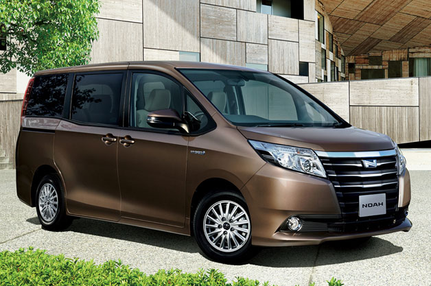 Toyota Noah Review A Fantastic Choice For Any Sized Family