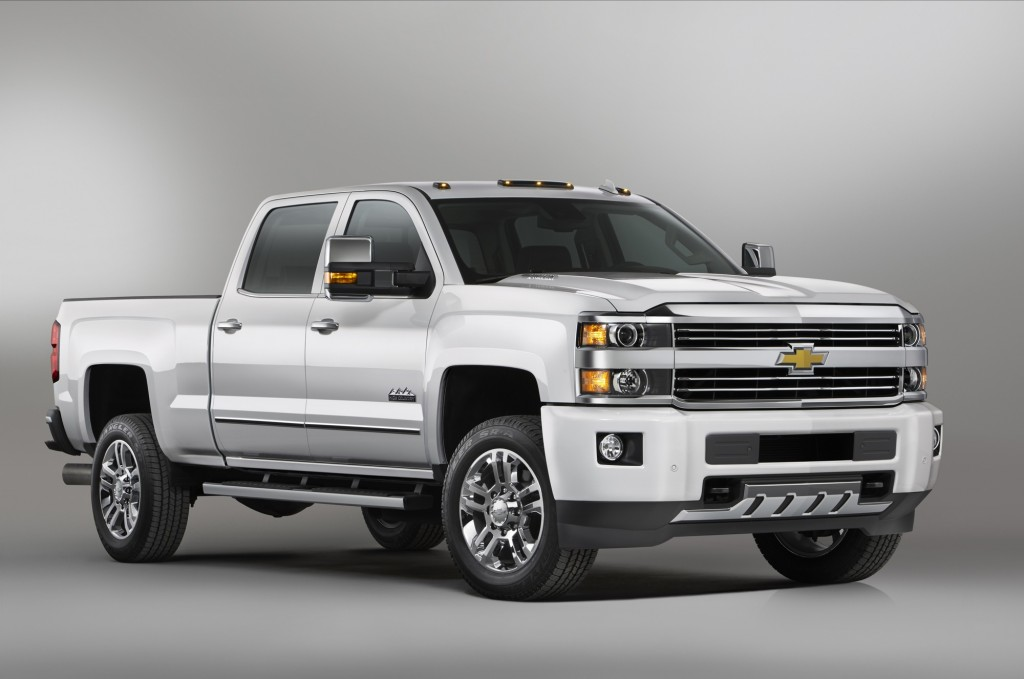 The 2015 Chevrolet Silverado 2500HD High Country pickup combines rugged luxury with heavy duty pickup capability, and offers a choice of gas, diesel or CNG power.