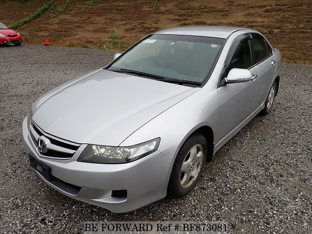 A used 2006 Honda Accord from online used car exporter BE FORWARD.