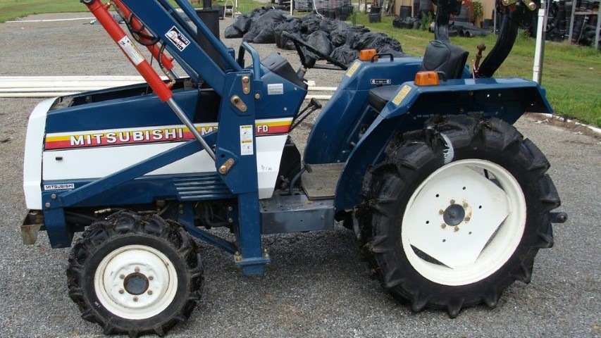 A used Mitsubishi tractor from online used car exporter BE FORWARD.