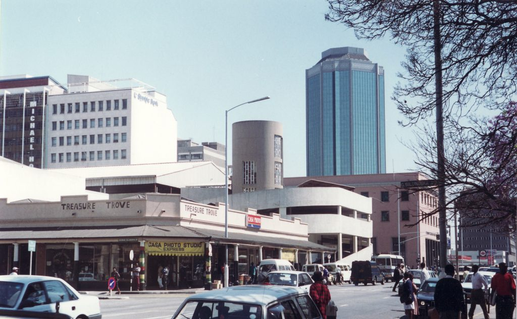 Harare in Zimbawbe. Import quality Japanese used cars to Zimbabwe with BE FORWARD.