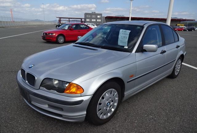 popular sedan review bmw 318i price features specs japanese rh blog beforward jp