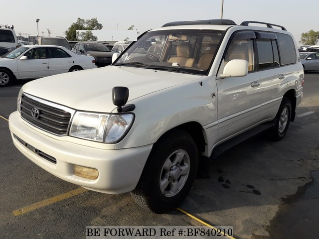A used 1999 Toyota Land Cruiser from online used car exporter BE FORWARD.