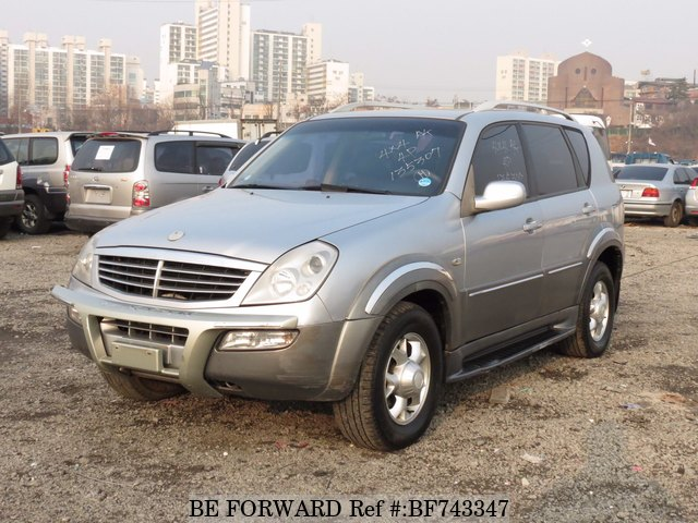 A used 2004 Ssangyong Rexton from online used car exporter BE FORWARD.