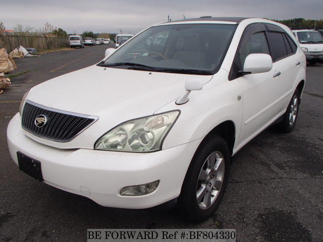 A used 2004 Toyota Harrier from online used Japanese car exporter BE FORWARD.