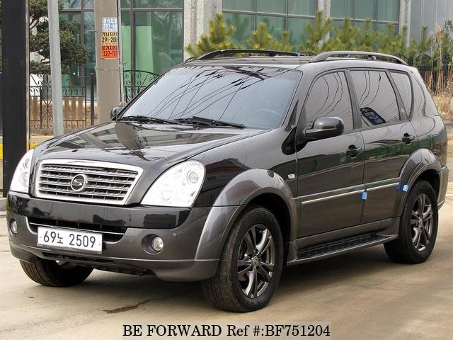 A used 2010 Ssangyong Rexton from used car exporter BE FORWARD.