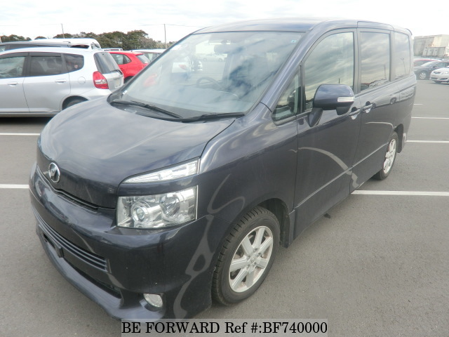 The exterior of a used 2009 Toyota Voxy from BE FORWARD.