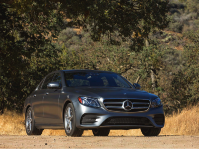 The 2012 Volvo S90 T6 vs. The 2012 Mercedes-Benz E300