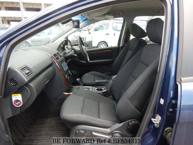 The interior of a used 2008 Mercedes-Benz A-Class from online used car exporter BE FORWARD.
