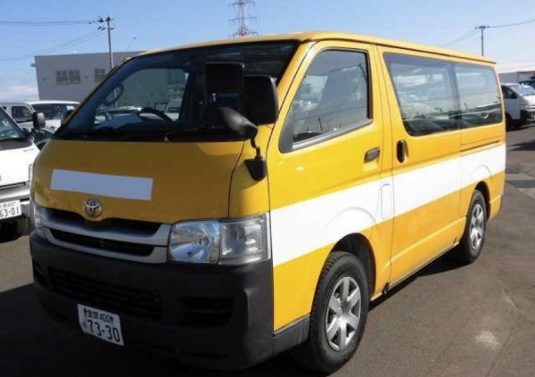 A used Toyota HiAce Van - 5 Used Toyota Vans to Transform Your Business