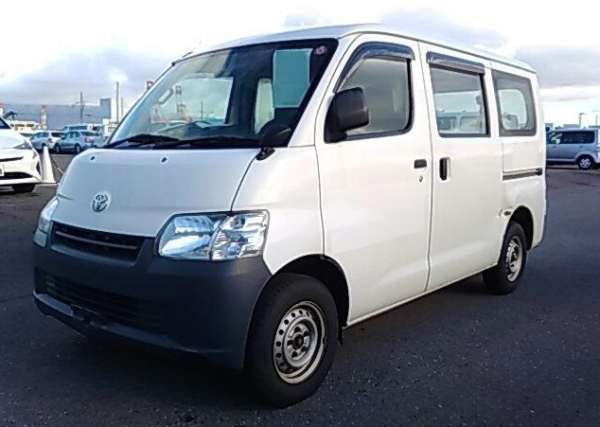 A used Toyota TownAce from online used car exporter BE FORWARD.