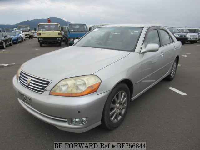 A used 2004 Toyota Mark II from online used Japanese car exporter BE FORWARD.