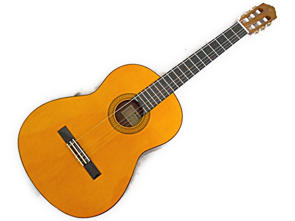 YAMAHA CG102 Classical Guitar with Case N2296884