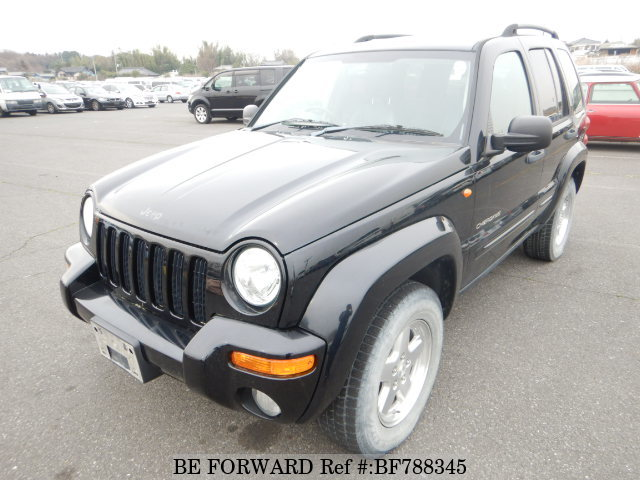 A used 2004 Jeep Cherokee from online used car exporter BE FORWARD.