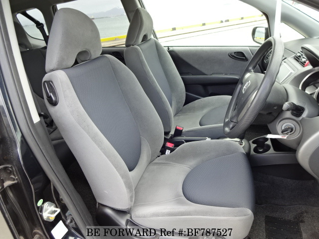 The interior of a used 2007 Honda Fit from online used car exporter BE FORWARD.