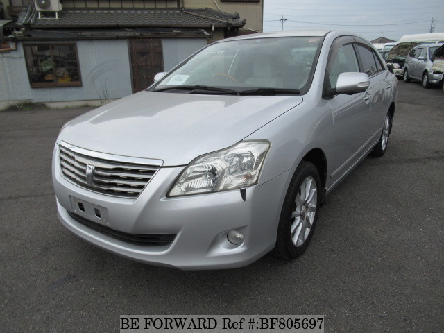 A used 2007 Toyota Premio from online used car exporter BE FORWARD.