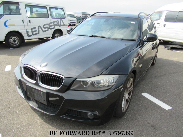 A used 2009 BMW 3-Series station wagon from online used Japanese cars exporter BE FORWARD.