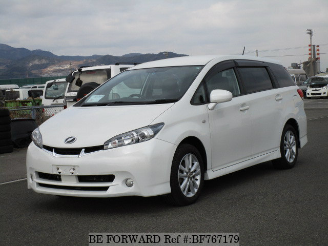 A used 2009 Toyota Wish from online used car exporter BE FORWARD.
