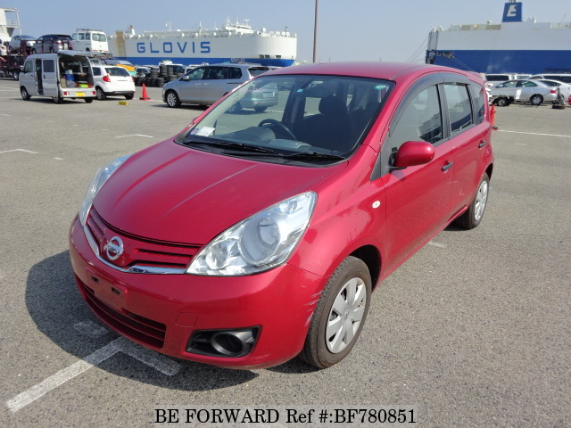 Front view of a used 2009 Nissan Note from online car exporter BE FORWARD