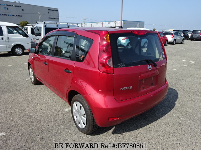 Rear of a used 2009 Nissan Note from online car exporter BE FORWARD