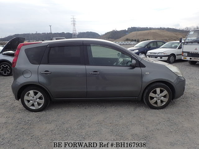 2011 Nissan Note side view