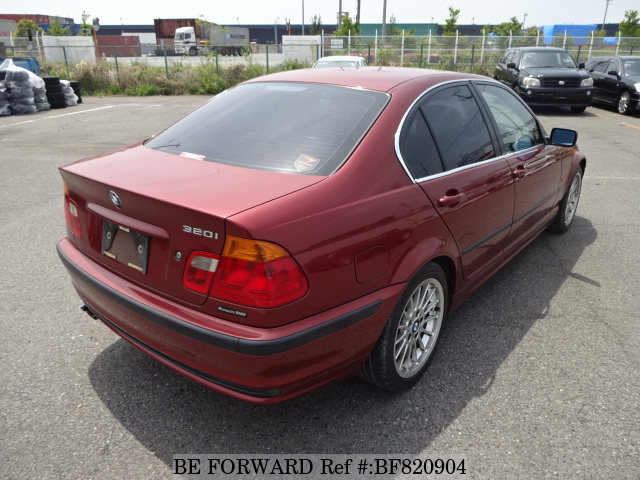 Rear of a used 1999 BMW 3 Series from online used car exporter BE FORWARD.