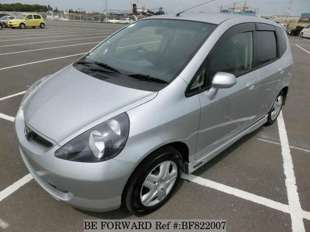 A used 2002 Honda Fit from online used car exporter BE FORWARD.