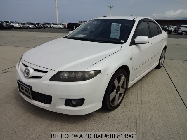 A used 2005 Mazda Atenza Sport from online used car exporter BE FORWARD.