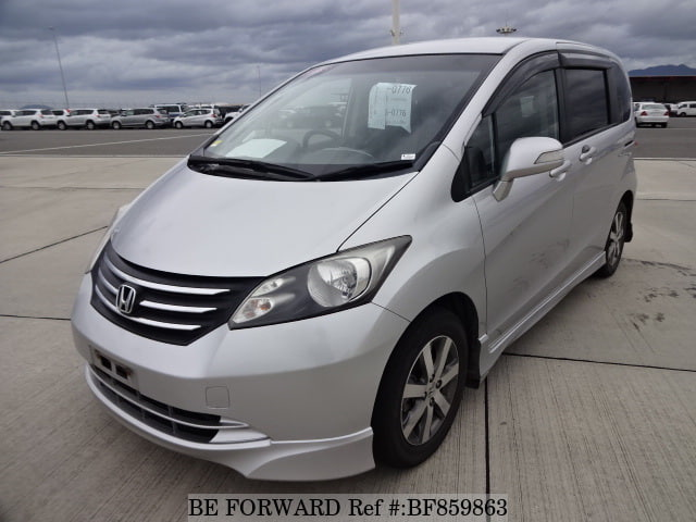 A used 2011 Honda Freed from online used car exporter BE FORWARD.