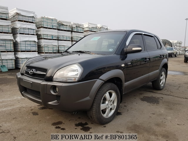 A used 2005 Hyundai Tucson from online used car exporter BE FORWARD.