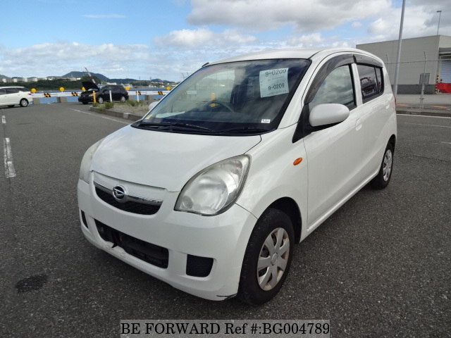 A used 2009 Daihatsu Mira from online used car exporter BE FORWARD.