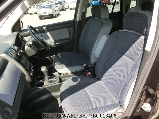 Interior of a used 2010 Mazda Verisa from online used car exporter BE FORWARD.