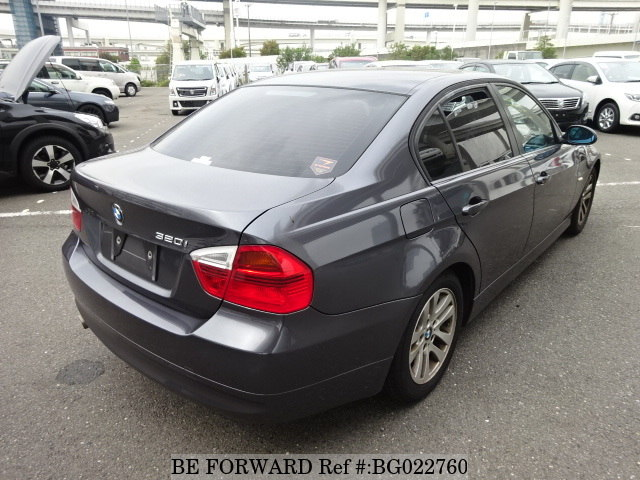 The rear of a used 2006 BMW 3 Series from online used car exporter BE FORWARD.