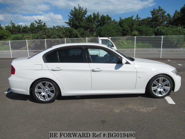 Side of a used 2006 BMW 3 Series from online used car exporter BE FORWARD.
