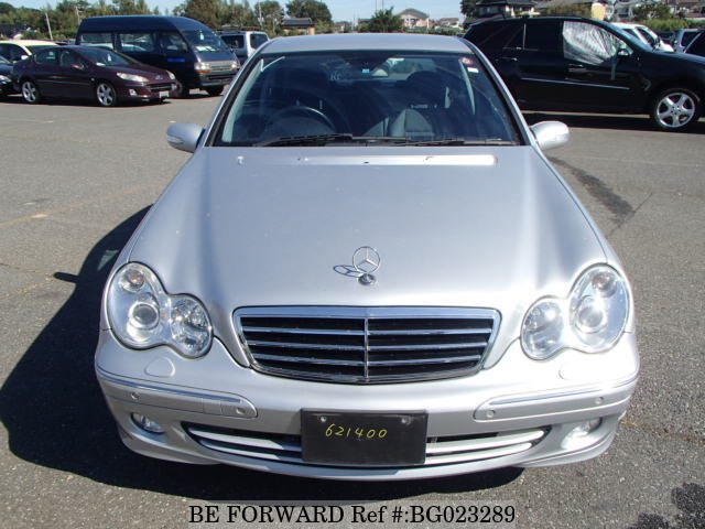 The front of a used 2006 Mercedes-Benz C-Class from online used car exporter BE FORWARD.