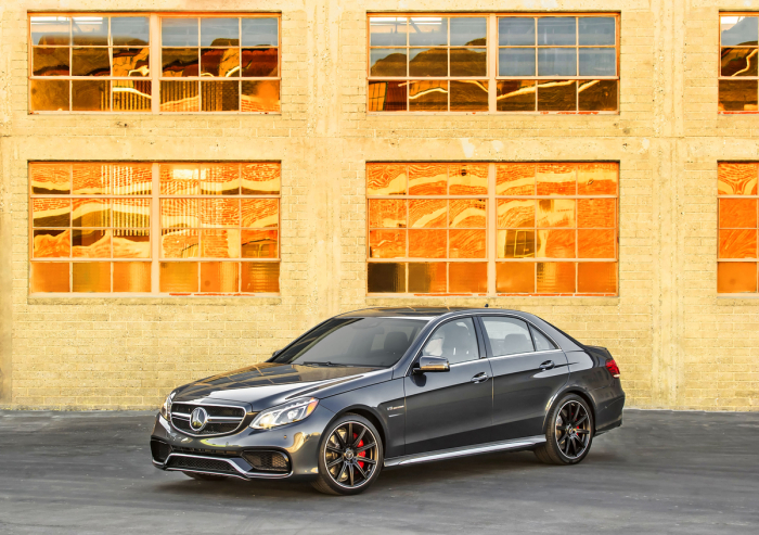Mercedes-Benz E-Class 2009-2015 Model Features and Advancements.