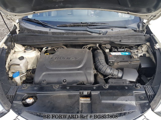 2011 HYUNDAI TUCSON engine